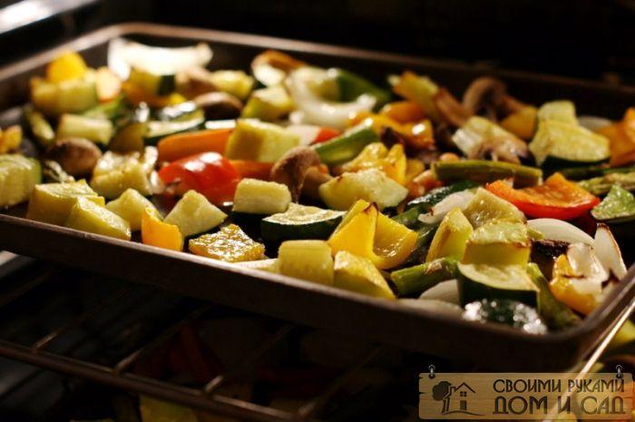 овощи в духовке в ру…