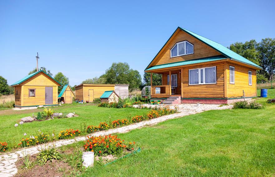 Современный стиль «русская усадьба» в ландшафте