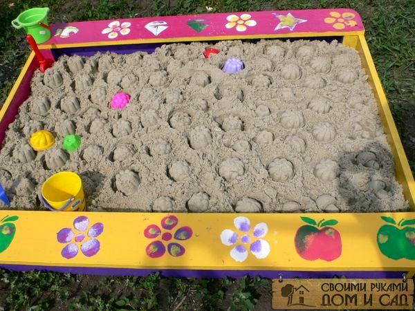 Раскрашиваем песочни…