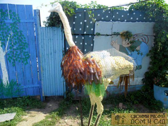 страус из монтажной …